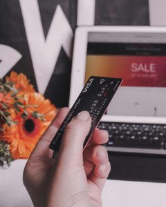 Online shopping sale with credit card